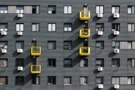 VEČER: Za spremembo zunanje podobe stavbe potrebujete soglasje