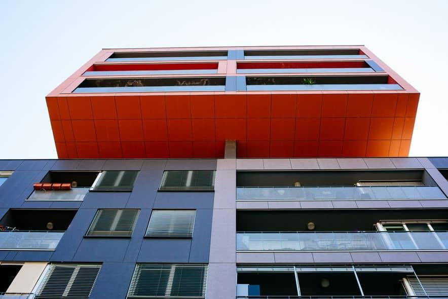 24 ur 2018 11 - 24UR.COM: 'Če bi se vsi lastniki etažne lastnine uprli, bi lahko vrgli vlado'