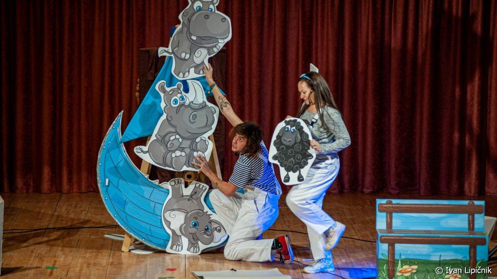 MiniMoni 21 1024x576 - GALERIJA DOGODKOV: Otroški gledališki abonma in izven - predstava Mini Moni, 17. januar 2020  ( FOTO: Ivan Lipičnik )