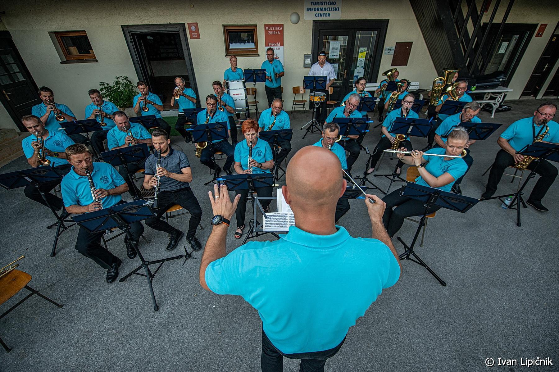 GALERIJA DOGODKOV: Letni koncert Pihalnega orkestra Prebold, 24. junij 2021 ( FOTO: Ivan Lipičnik )